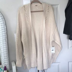 NEVER WORN Free People Cream Cardigan